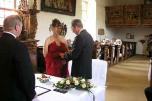 Birgit and Ulrich exchanging rings